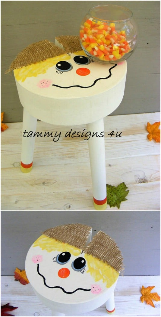 Reclaimed Wood Scarecrow Stool - 25 Fantastic Reclaimed Wood Halloween Decorations For Your Home And Garden