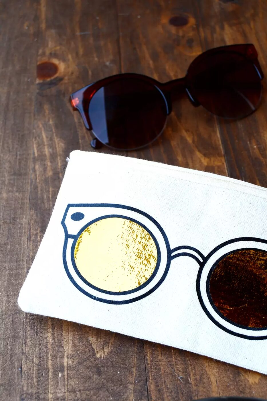 18 DIY Projects For The Travel Obsessed