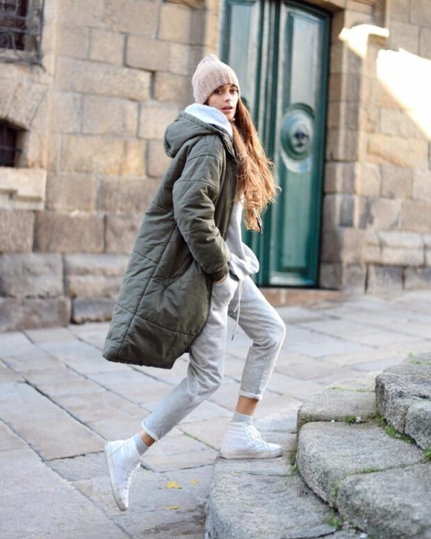 How to Style Sneakers in the Winter 13 Street Style Outfit Ideas