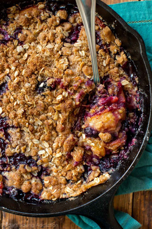 Browned Butter Blueberry Peach Crisp   25+ Browned Butter Recipes