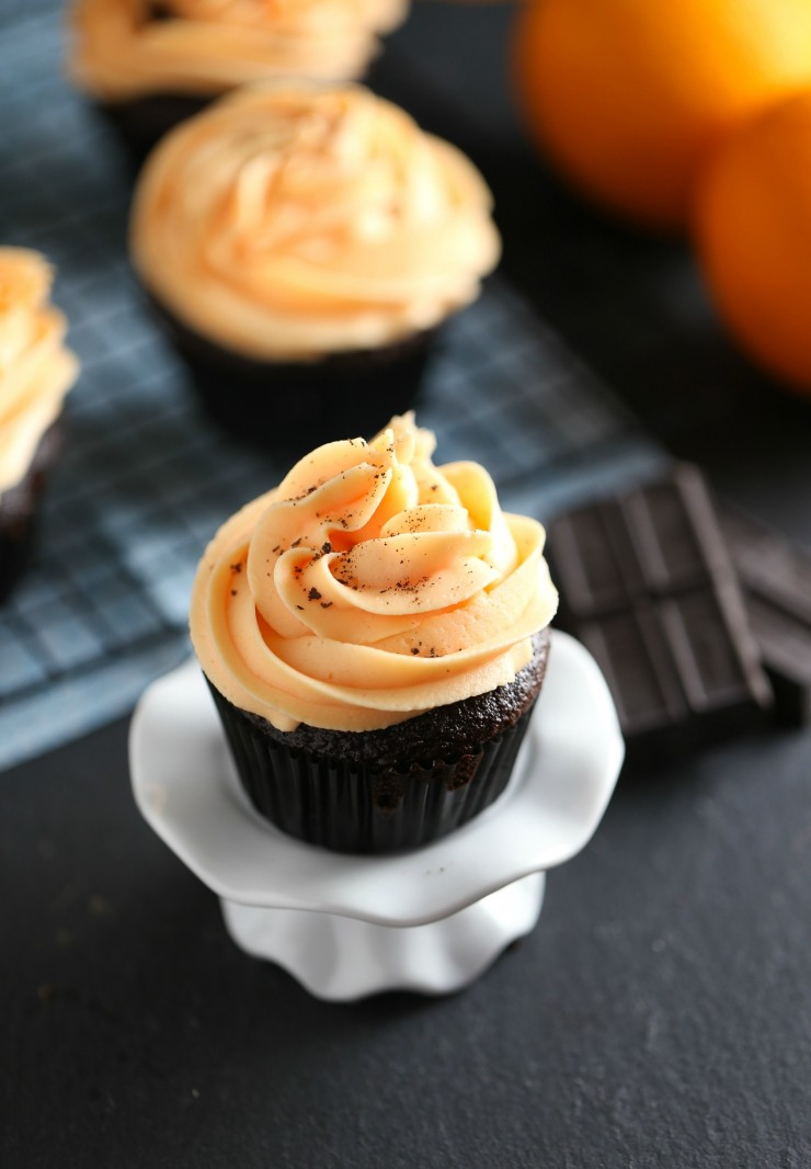 Chocolate Cupcakes with Orange Buttercream Frosting   25+ Cupcake Frosting recipes