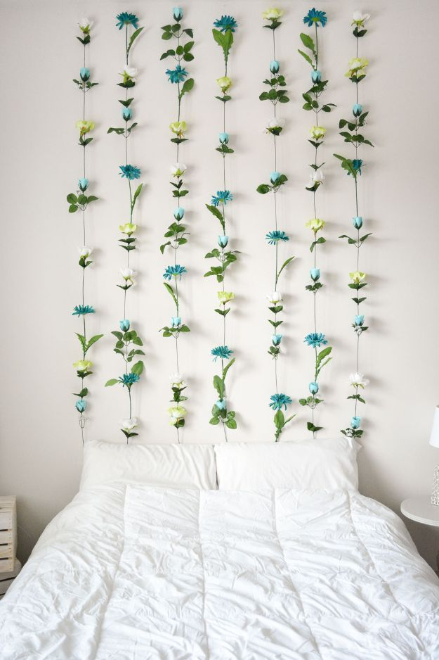 Cheap Wall Decor Ideas - DIY Flower Wall - Cute and Easy Room Decor for Teens - Ideas for Teenager Bedroom Walls - Boys and Girls Room Canvas Wall Art and Decorating #teen #roomdecor #diydecor https://diyprojectsforteens.com/cheap-diy-wall-decor-ideas