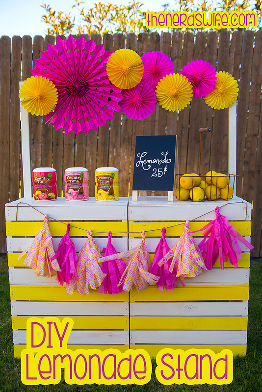 DIY Lemonade Stand | 25+ Lemonade Stand Ideas