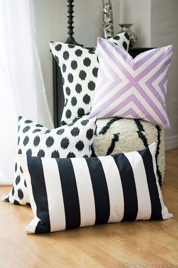 Patterned No-Sew Pillow