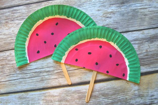 Watermelon Crafts - DIY Paper Plate Watermelon Fans - Easy DIY Ideas With Watermelons - Cute Craft Projects That Make Cool DIY Gifts - Wall Decor, Bedroom Art, Jewelry Idea