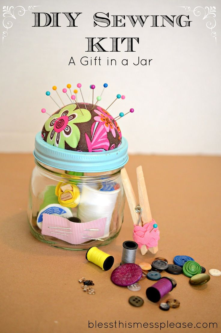 DIY Sewing Kit Gift in a Jar | 25+ More Handmade Gift Ideas Under $5