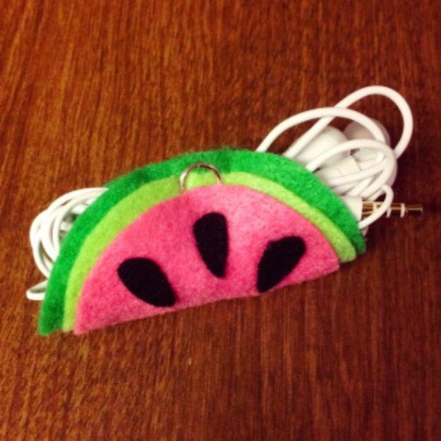 Watermelon Crafts - DIY Watermelon Headphone Holder- Easy DIY Ideas With Watermelons - Cute Craft Projects That Make Cool DIY Gifts - Wall Decor, Bedroom Art, Jewelry Idea