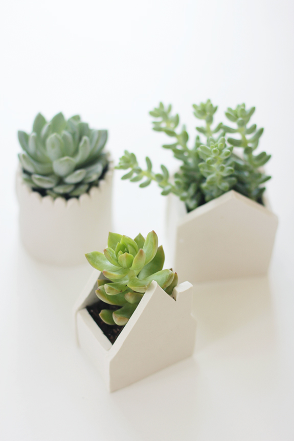 DIY clay pots | 25+ More Handmade Gift Ideas Under $5