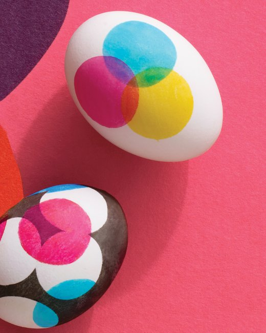 Dot Design Easter Eggs | 25+ ways to decorate Easter Eggs