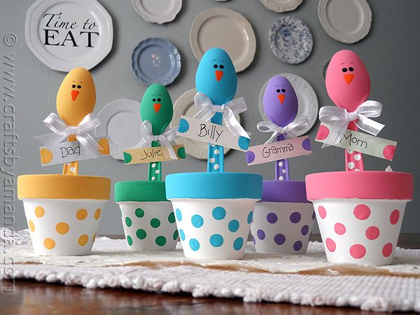 Easter Chick Place Holder | 25+ Easter and Spring Decorations
