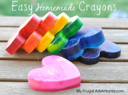 Easy Homemade Crayons | 25+ Rainbow crafts, food and more