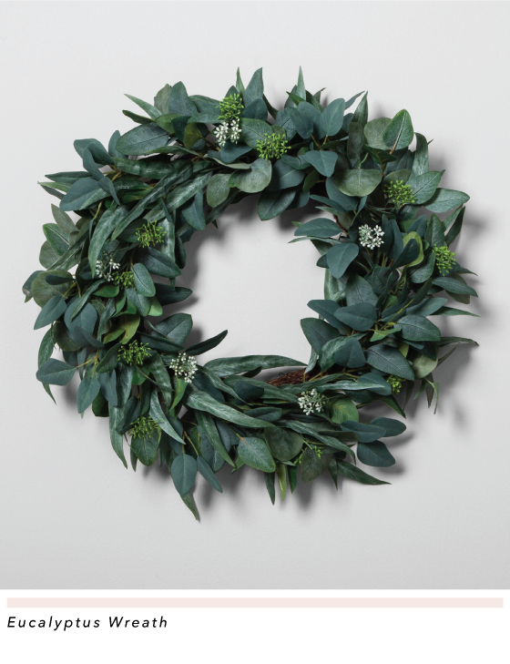 The Most Elegant Christmas Wreaths That You Can Buy or DIY - Rustic DIY Christmas Wreaths, Diy Christmas Wreath, Christmas Wreaths, Christmas wreath