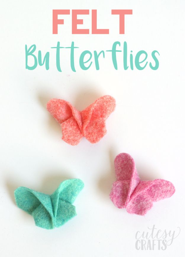 DIY Ideas With Butterflies - Felt Butterflies - Cute and Easy DIY Projects for Butterfly Lovers - Wall and Home Decor Projects, Things To Make and Sell on Etsy - Quick Gifts to Make for Friends and Family - Homemade No Sew Projects- Fun Jewelry, Cool Clothes and Accessories http://diyprojectsforteens.com/diy-ideas-butterflies