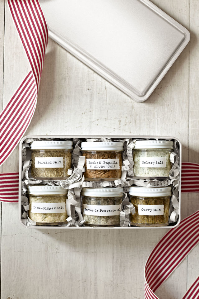 Flavored Salts | 25+ Edible Christmas Gifts