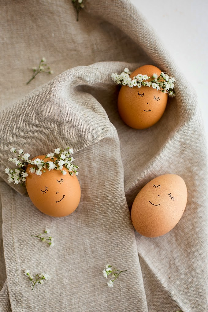 Floral Wreathed Eggs | 25+ MORE ways to decorate Easter Eggs