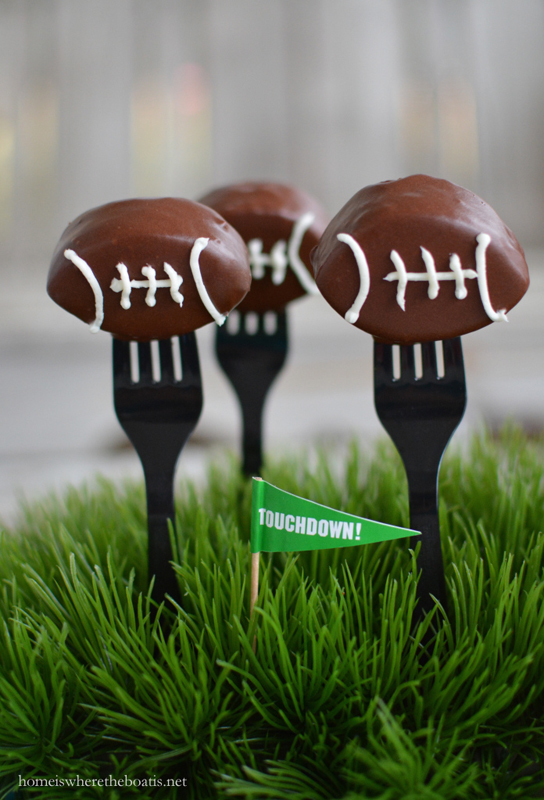 18 Creative and Tasty Game Day Desserts Kids Will Love