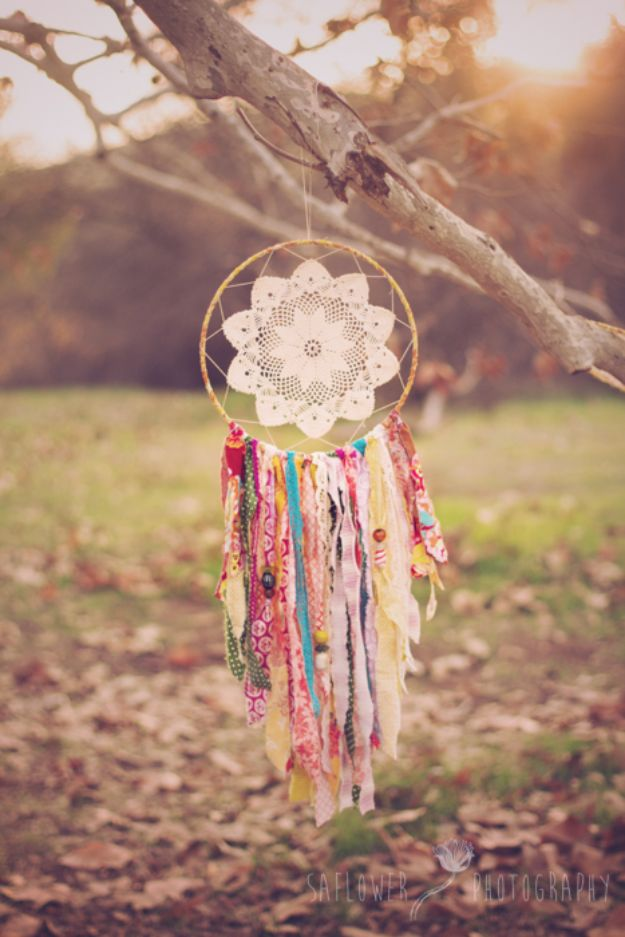 DIY Dream Catchers - Gypsy Soul Dreamcatcher - How to Make a Dreamcatcher Step by Step Tutorial - Easy Ideas for Dream Catcher for Kids Room - Make a Mobile, Moon Designs, Pattern Ideas, Boho Dreamcatcher With Sticks, Cool Wall Hangings for Teen Rooms - Cheap Home Decor Ideas on A Budget http://diyprojectsforteens.com/diy-dreamcatchers
