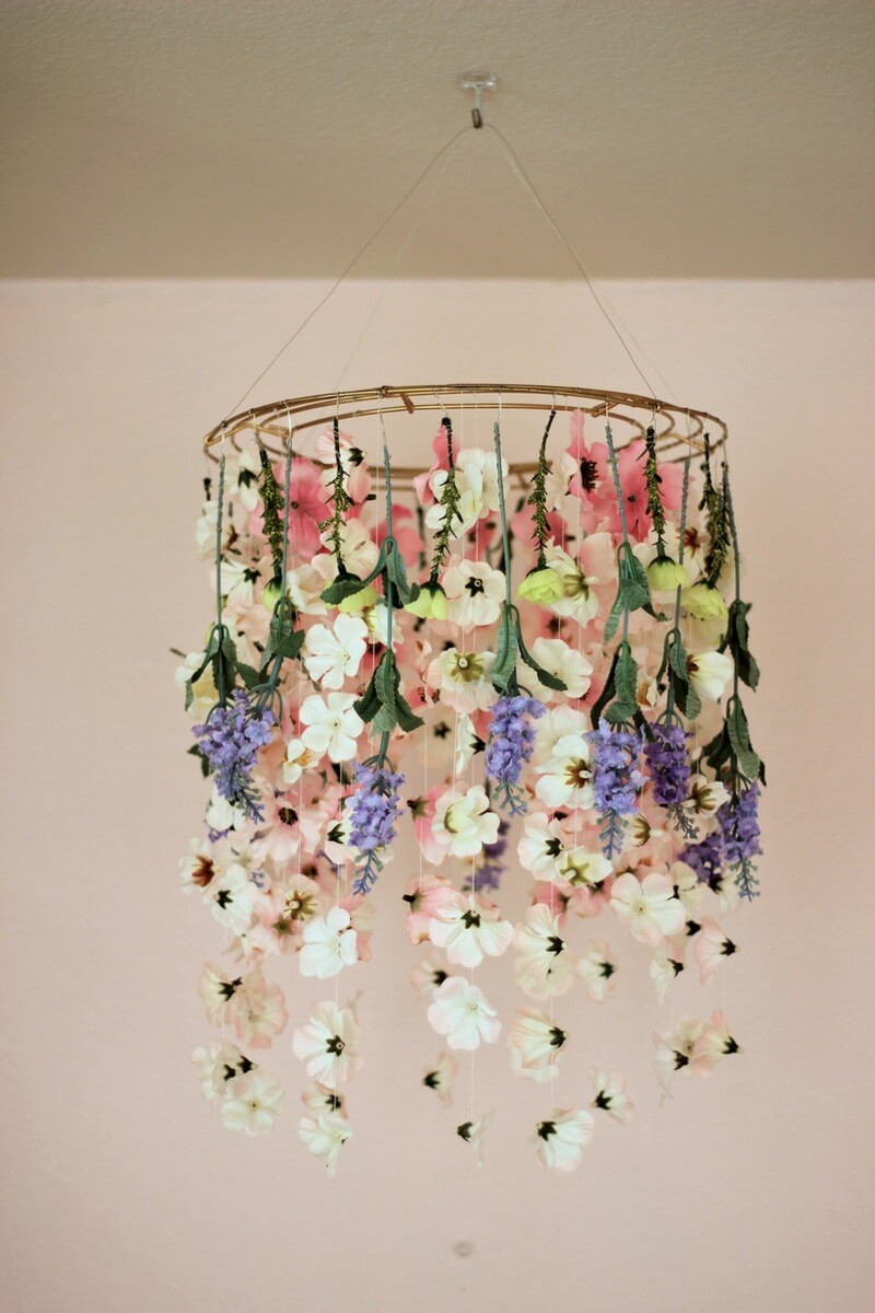 Another Gorgeous And Colorful Floral Decor Idea