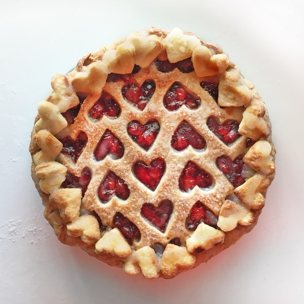 14 of the Most Creative Pie Crust Ideas