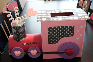 Love Express | 25+ Valentine Boxes for Girls