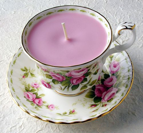 Lovely Teacup Candles | 25+ More Handmade Gift Ideas Under $5
