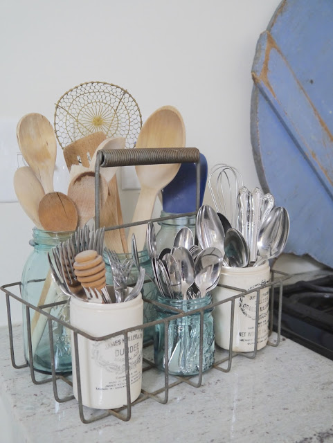 Cute and Thrifty DIY Storage Solutions - Outdoor DIY Storage, DIY Storage Solutions, DIY Storage Ideas, diy storage