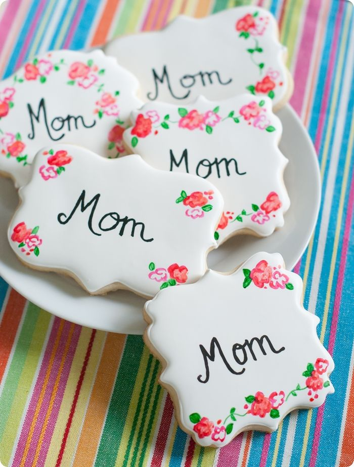 Painted Rose Decorated Cookie | 25+ Mother's Day Gift Ideas
