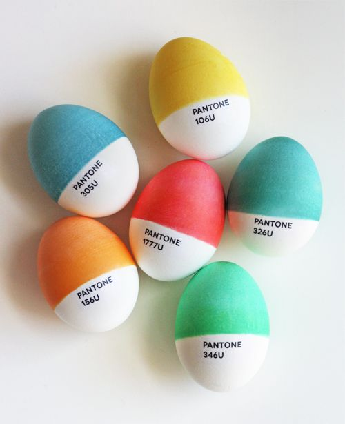 Pantone Eggs | 25+ MORE ways to decorate Easter Eggs