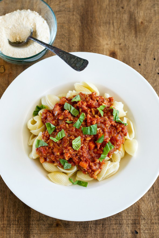 Pasta Shells with Chickpea Meat sauce | 25+ Chickpea Recipes