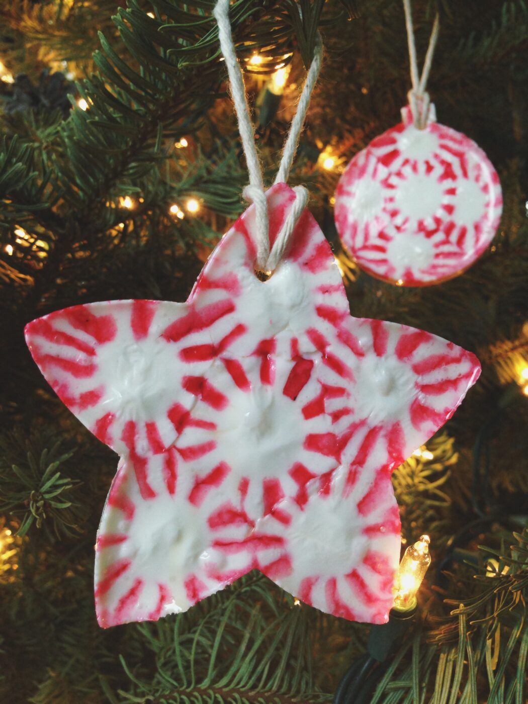 Peppermint candy ornament | +25 Beautiful Handmade Ornaments