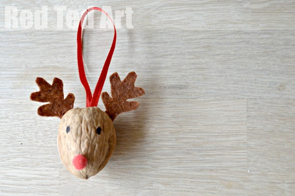 Reindeer walnut ornament| 25+ Rudolph crafts, gifts and treats | NoBiggie.net