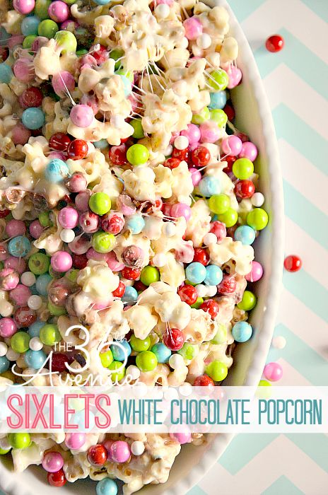 Sixlets White Chocolate Popcorn | 25+ Easter sweet treats