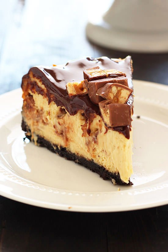 Snickers Cheesecake | 25+ Cheesecake Recipes