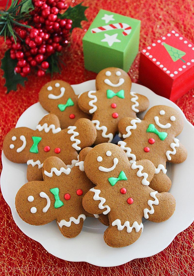 Spiced Gingerbread Man Cookies | 25+ Christmas Cookie Exchange Recipes