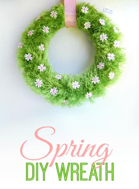 Spring Grass and Flowers DIY Wreath | 25+ Spring wreaths
