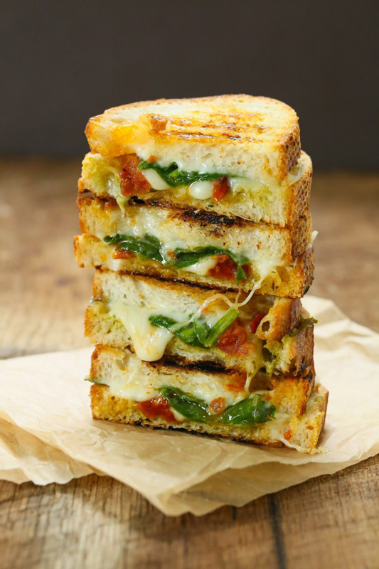 16 Tasty Grilled Cheese Recipes That Are Totally Easy to Make