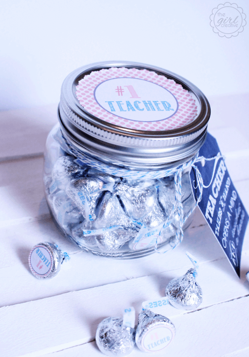 Teacher Appreciation Hershey Jar + 25 Handmade Gift Ideas for Teacher Appreciation - the perfect way to let those special teachers know how important they are in the lives of your children!