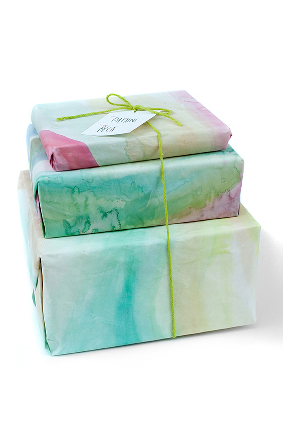Watercolored Gift Wrap | 25+ Creative Gift Wrap Ideas