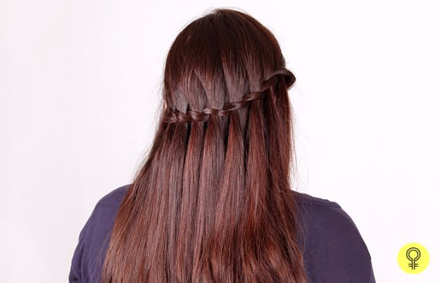 Easy Braids With Tutorials - Waterfall Braid - Cute Braiding Tutorials for Teens, Girls and Women - Easy Step by Step Braid Ideas - Quick Hairstyles for School - Creative Braids for Teenagers - Tutorial and Instructions for Hair Braiding http://diyprojectsforteens.com/easy-braids-tutorials