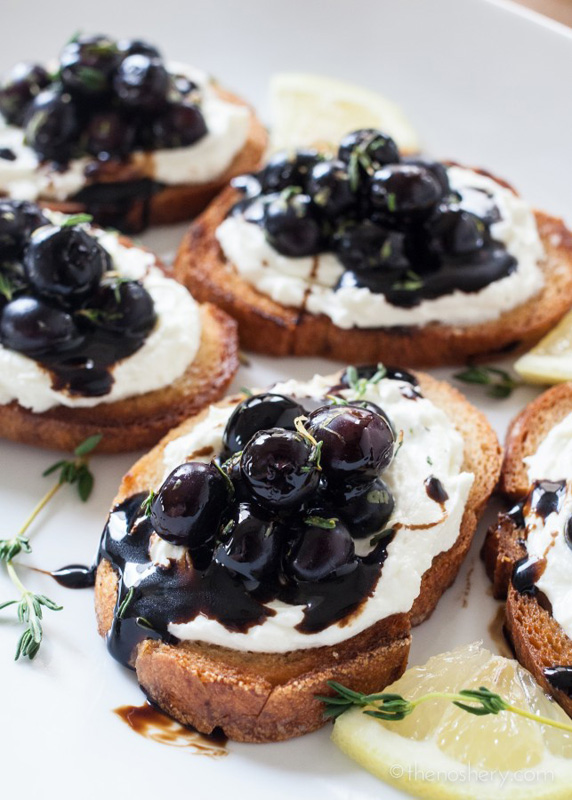 Whipped Goat Cheese Blueberry Balsamic Crostini | 25+ Ways to Top Toast
