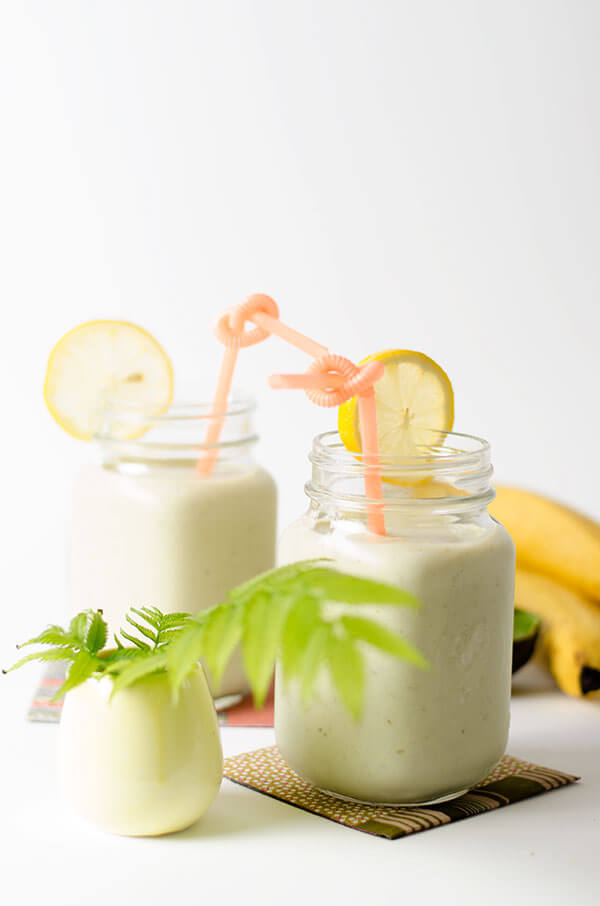 Yummy avocado smoothie recipe, yum! You'll love this three ingredient avocado smoothie, mm!