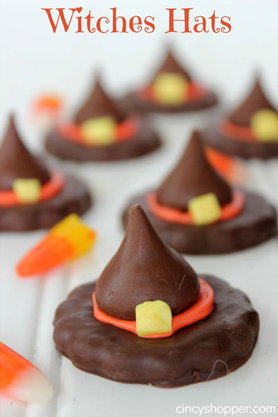 The best easy Halloween treats and Halloween snacks that you can make with your kids.