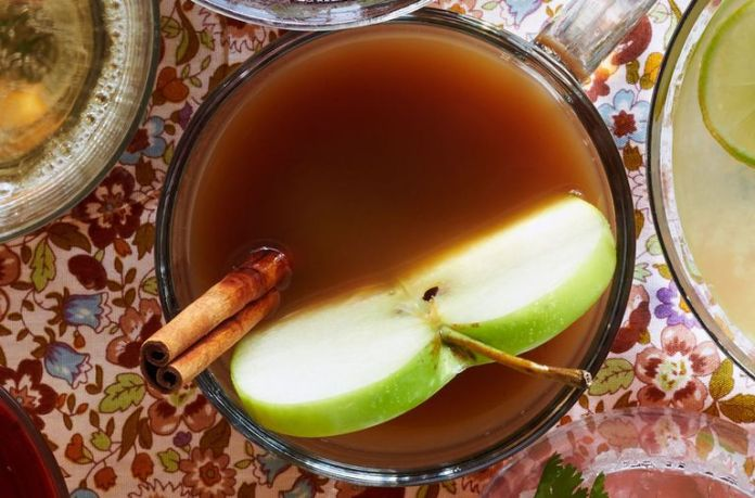 Thanksgiving Apple Cider Slow Cooker Recipe