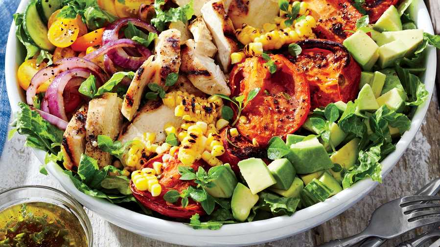 0715 Grilled Chicken and Vegetable Summer Salad