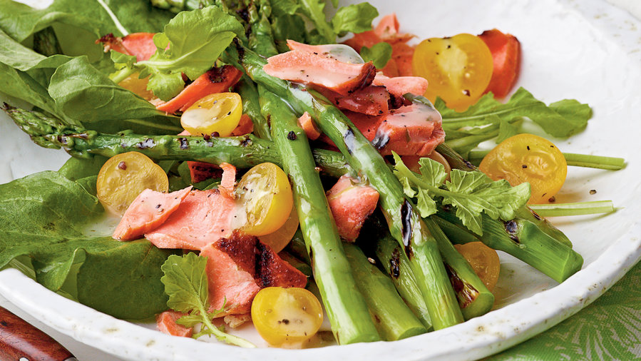 1203 Grilled Salmon-and-Asparagus Salad