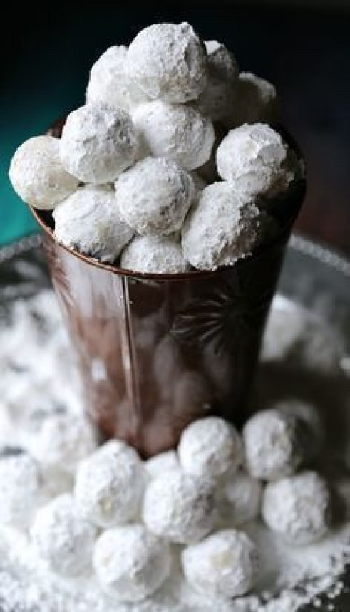 13 Snowball Dessert Recipes - Snowball Dessert Recipes, Snowball Dessert Recipe, dessert recipes, candy cane dessert recipes, Bite Size Dessert Recipes