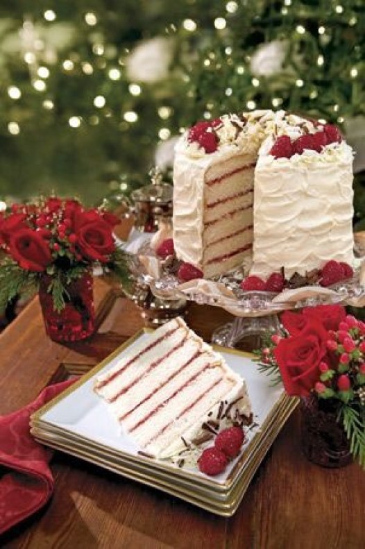 22 Easy Christmas Cake Recipes - Christmas recipes, Christmas Dessert Recipes, Christmas Cake Recipes, Christmas Cake Recipe, cake recipes