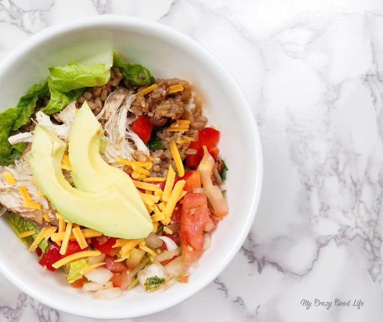 delicious and healthy chicken meal prep bowls