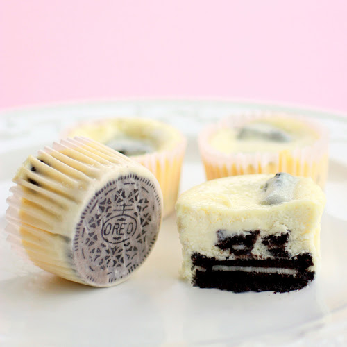 Oreo cookies and cream cheesecakes | 25+ Muffin Tin recipes for kids