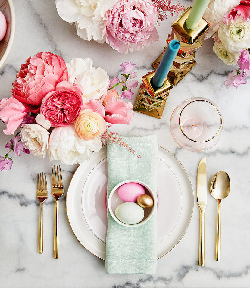 Lovely and Easy to Make Easter Tablescape Ideas
